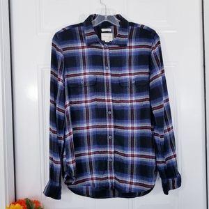 American Eagle Classic Fit Plaid Long Sleeve Shirt